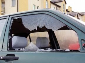 car-window-broken-290x217